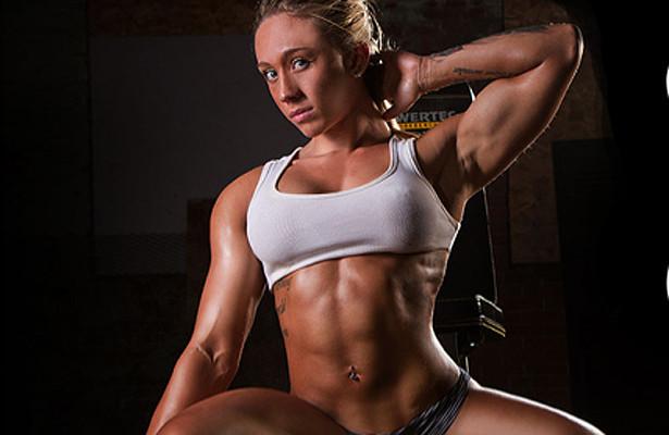 Ariella Palumbo pose